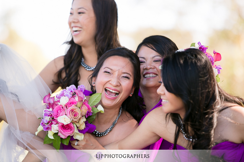 15-fun-wedding-party-orange-county-photos