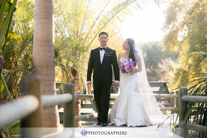 17-gorgeous-bride-and-groom-wedding-photos-orange-county