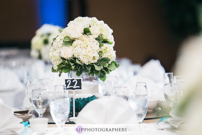 18-hilton-los-angeles-universal-city-wedding-photographer