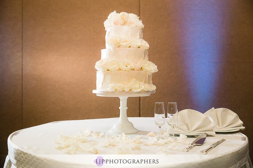 19-hilton-los-angeles-universal-city-wedding-photographer