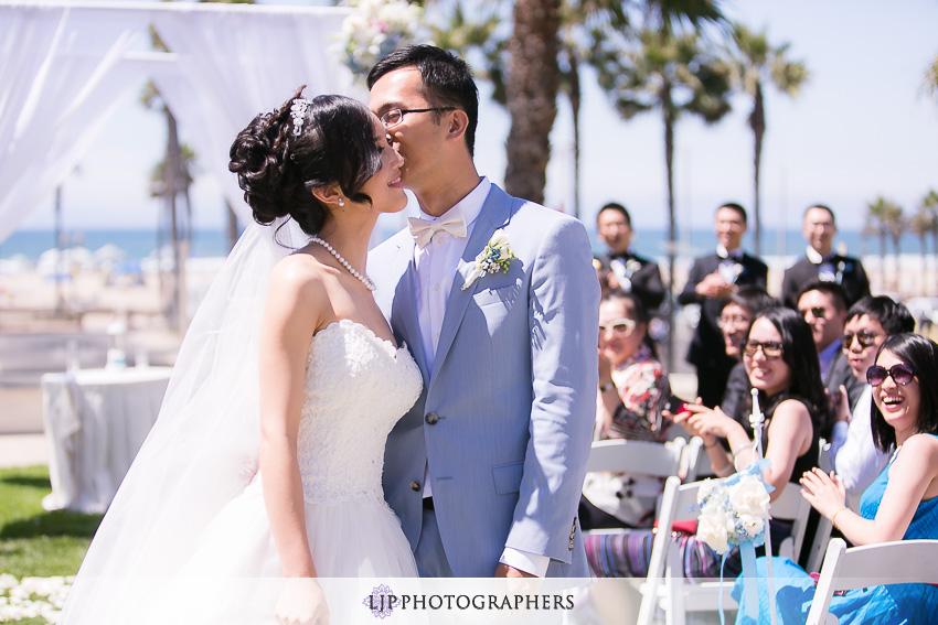 20-beautiful-hyatt-regency-huntington-beach-orange-county-wedding-photographer