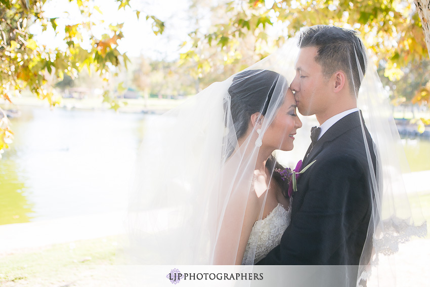 20-gorgeous-bride-and-groom-wedding-photos-orange-county
