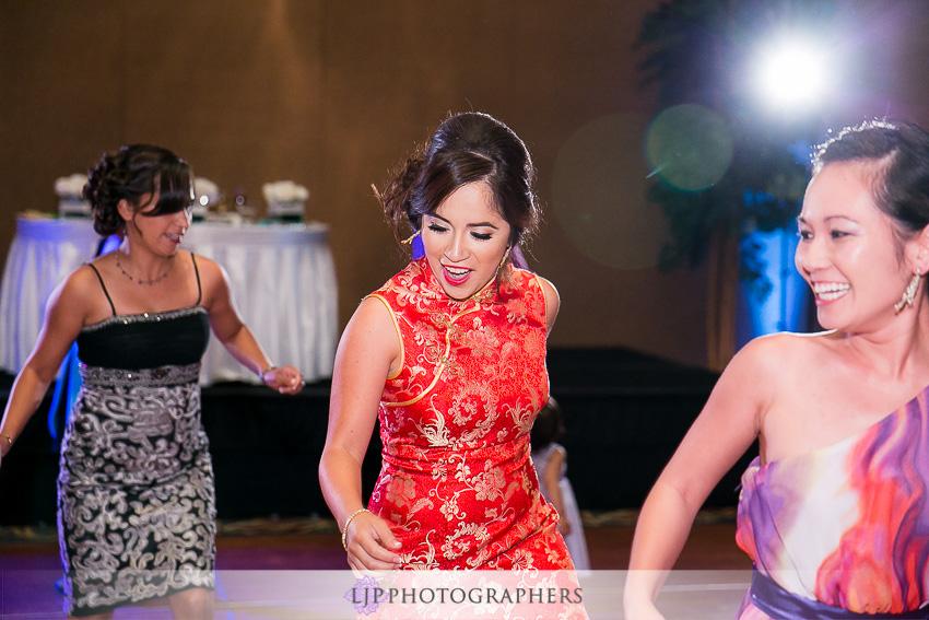 25-hilton-los-angeles-universal-city-wedding-photographer