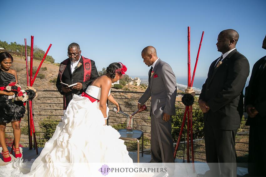 25-malibu-wedding-photographer-wedding-ceremony-photos