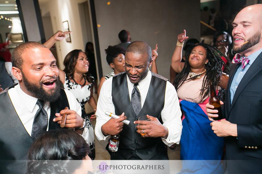 35-malibu-wedding-photographer-wedding-reception-photos
