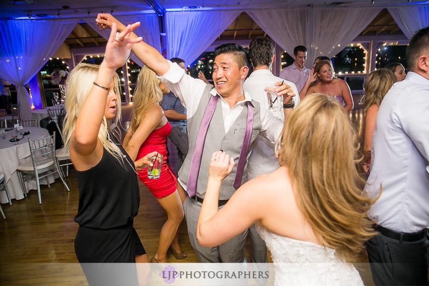 36-crystal-cove-newport-beach-wedding-photographer-wedding-reception-photos