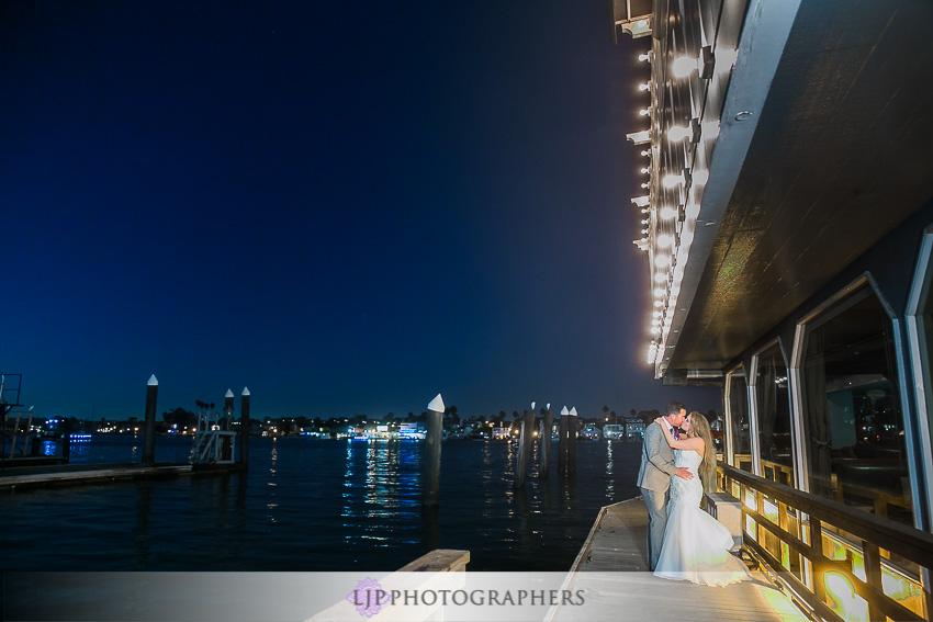 40-crystal-cove-newport-beach-wedding-photographer-wedding-reception-photos