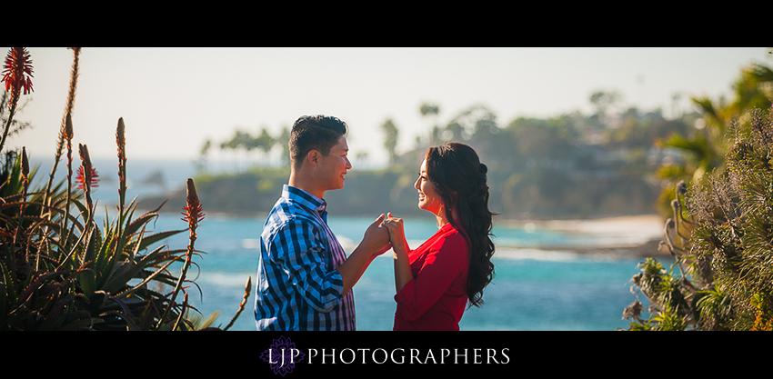 003-beautiful-sunset-laguna-beach-engagement-photographer