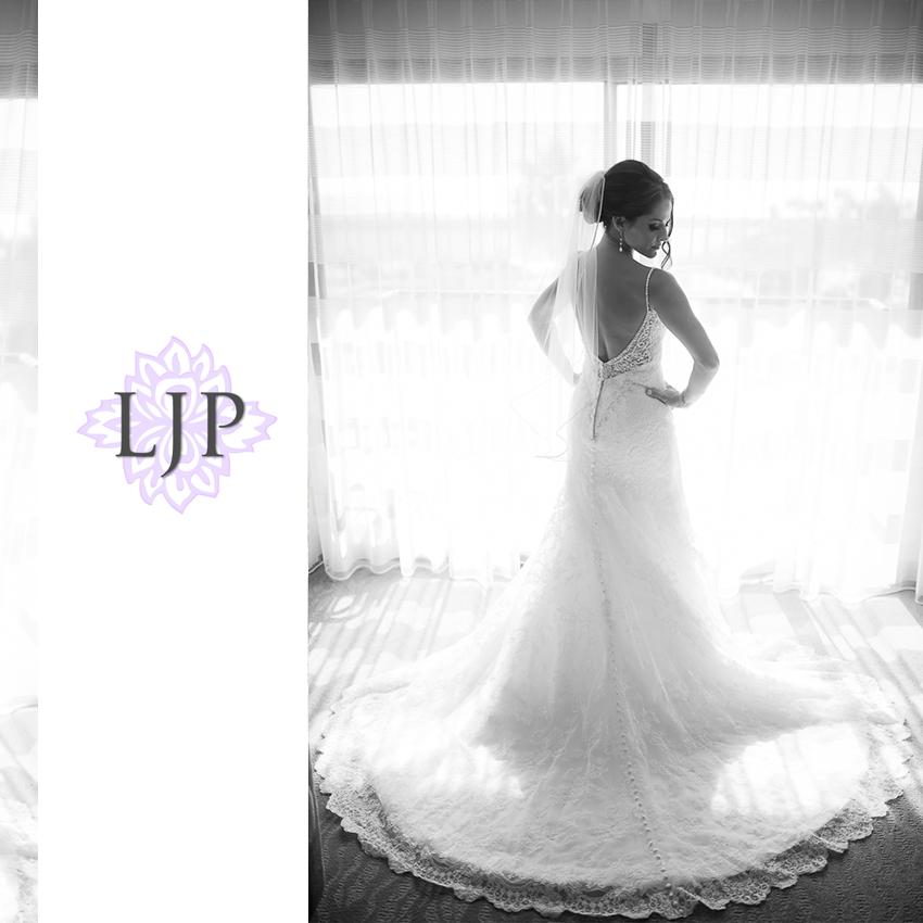 003-crowne-plaza-hotel-redondo-beach-wedding-photographer-getting-ready-photos