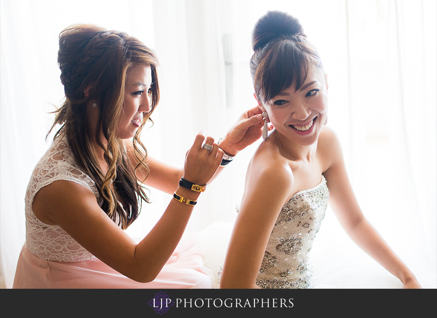 004-st-regis-monarch-beach-wedding-photographer-getting-ready-photos