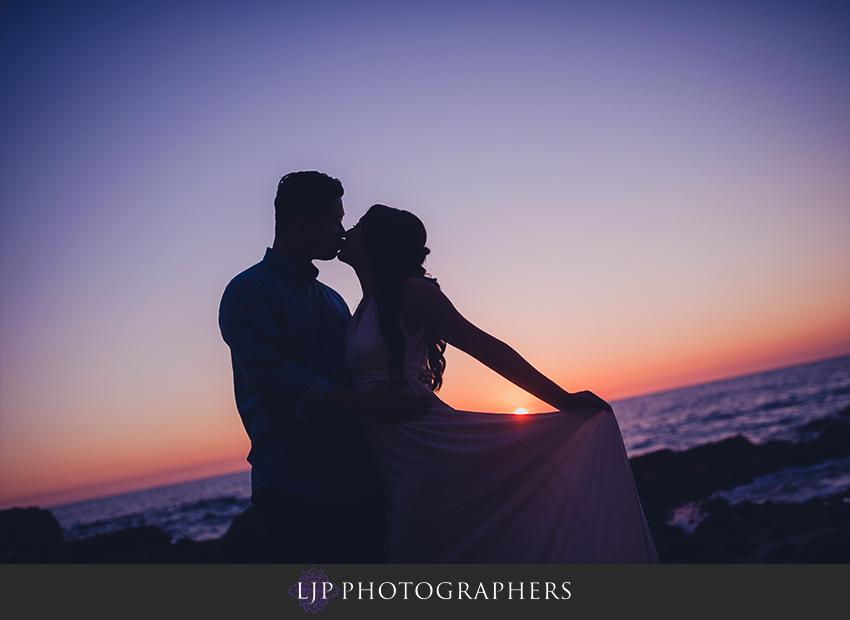 010-beautiful-sunset-laguna-beach-engagement-photographer