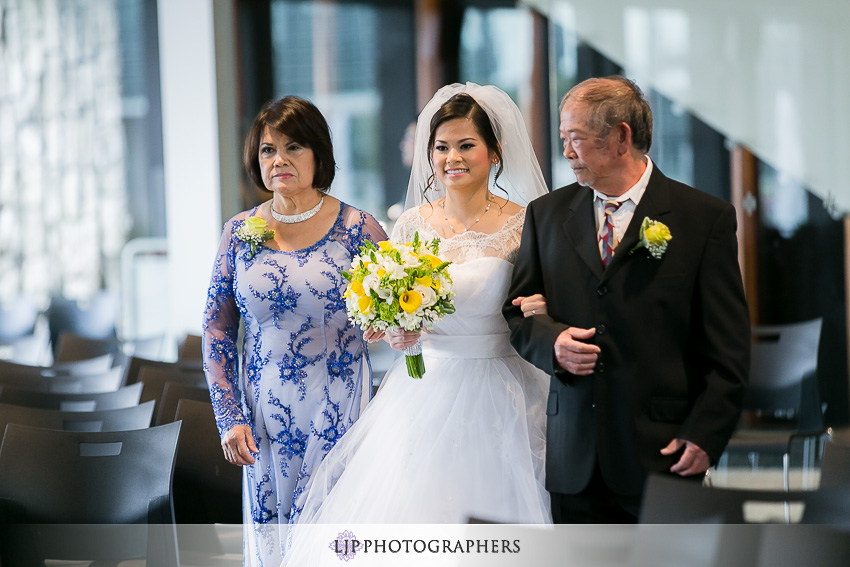 014-christ-cathedral-wedding-photographer-wedding-ceremony-photos