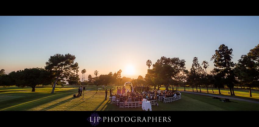014-crowne-plaza-hotel-redondo-beach-wedding-photographer-wedding-ceremony-photos