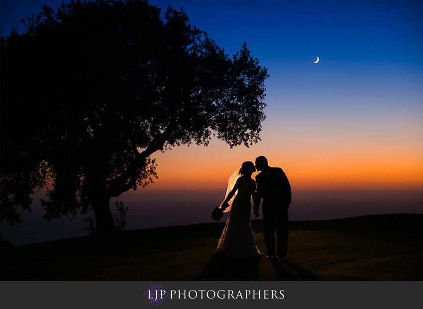 021-crowne-plaza-hotel-redondo-beach-wedding-photographer-wedding-party-couple-session-photos
