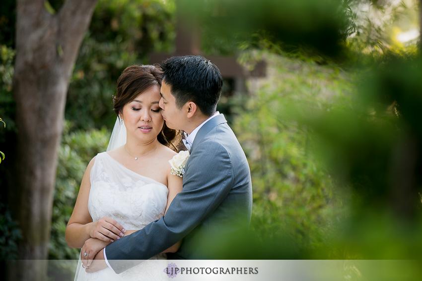 021-earl-burns-miller-japenese-garden-wedding-photographer-couple-session-wedding-party-photos