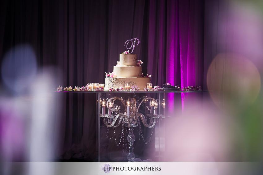 023-crowne-plaza-hotel-redondo-beach-wedding-photographer-wedding-reception-photos