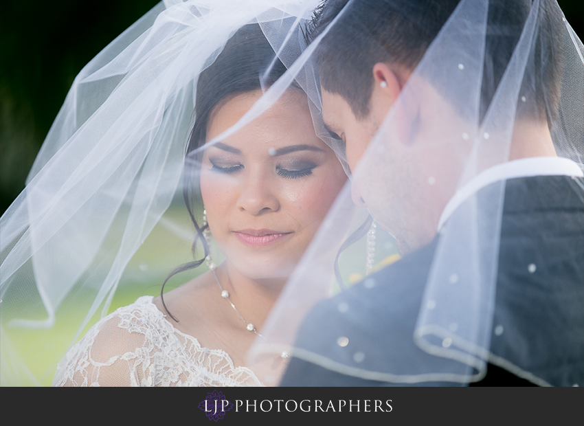 025-christ-cathedral-wedding-photographer-couple-session-photos