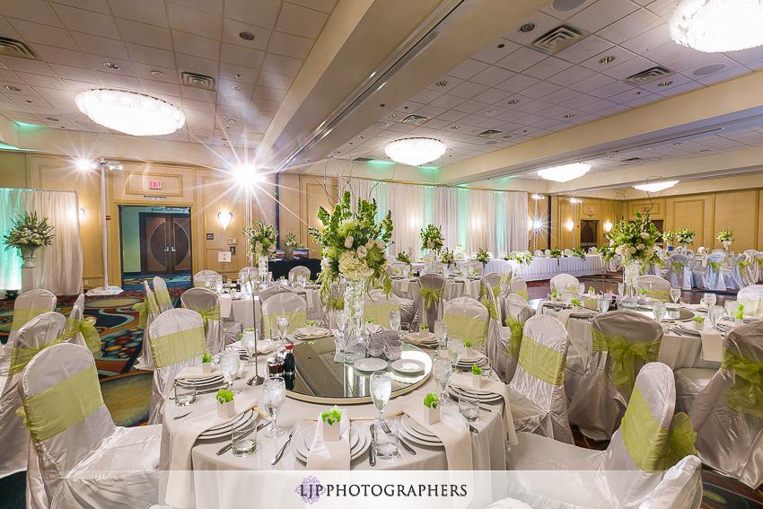026-christ-cathedral-wedding-photographer-wedding-reception-photos