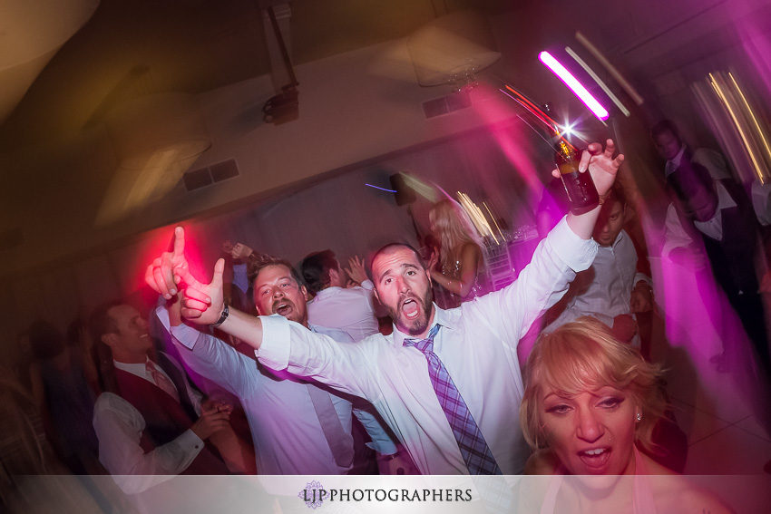 029-crowne-plaza-hotel-redondo-beach-wedding-photographer-wedding-reception-photos
