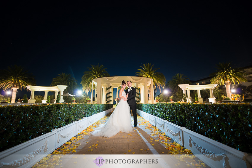 035-st-regis-monarch-beach-wedding-photographer-couple-session-photos
