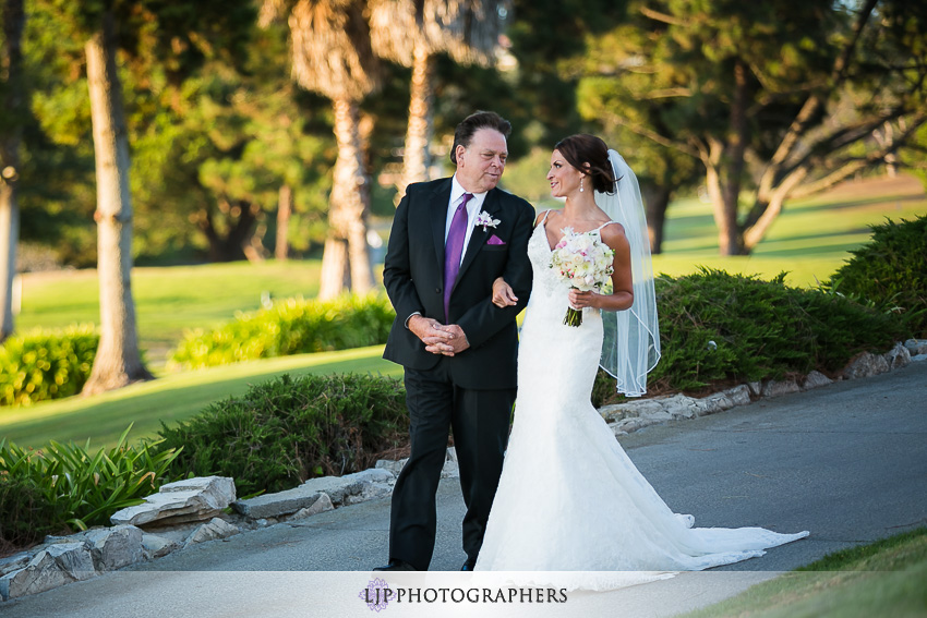 038-crowne-plaza-hotel-redondo-beach-wedding-photographer-wedding-ceremony-photos