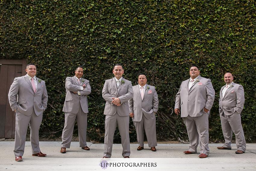 10-the-villa-del-sol-fullerton-wedding-photographer-getting-ready-photos