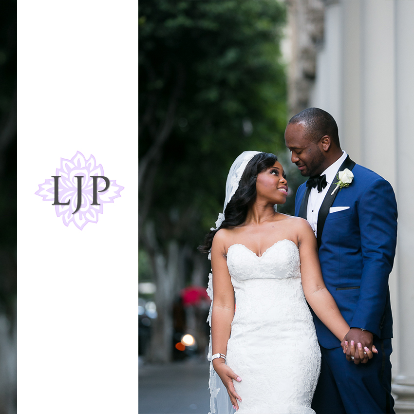 17-the-majestic-downtown-los-angeles-wedding-photographer-wedding-ceremony-photos