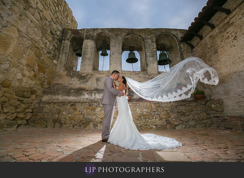 25-the-villa-del-sol-fullerton-wedding-photographer-couple-session-photos