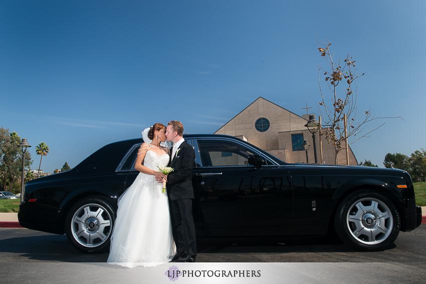 26-the-island-hotel-newport-beach-wedding-photographer-couple-session-wedding-party-photos