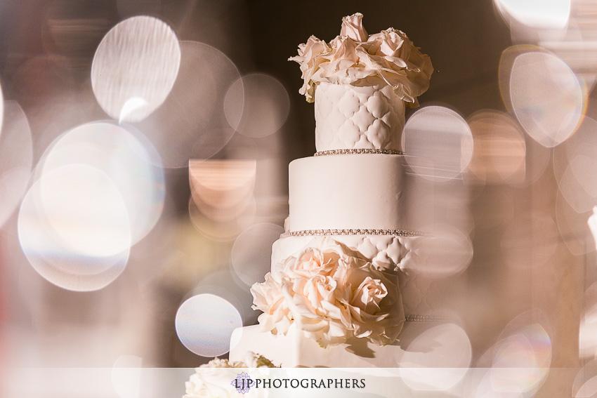 26-the-majestic-downtown-los-angeles-wedding-photographer-wedding-reception-photos