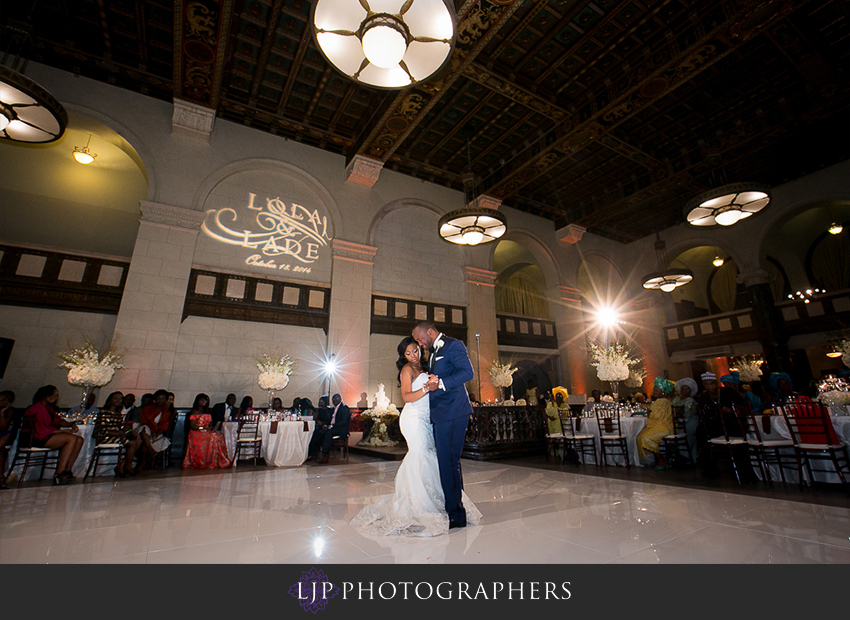 28-the-majestic-downtown-los-angeles-wedding-photographer-wedding-reception-photos
