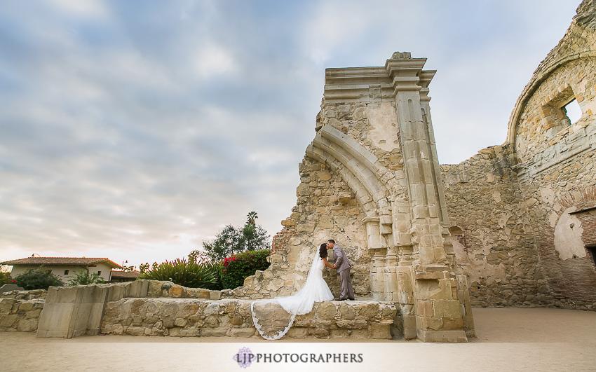 28-the-villa-del-sol-fullerton-wedding-photographer-couple-session-photos