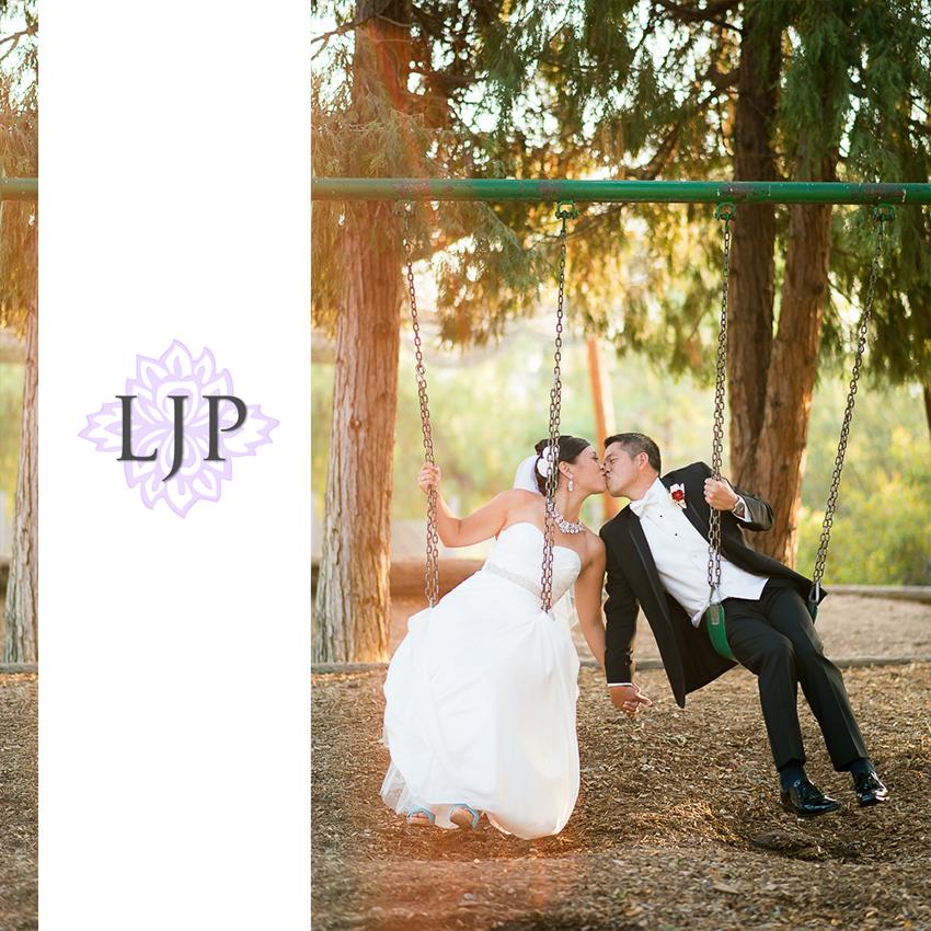 31-beautiful-angelus-mountain-center-wedding-photographer-couple-session-photos