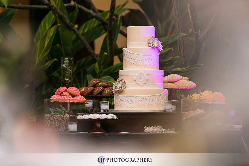 35-the-villa-del-sol-fullerton-wedding-photographer-wedding-reception-photos