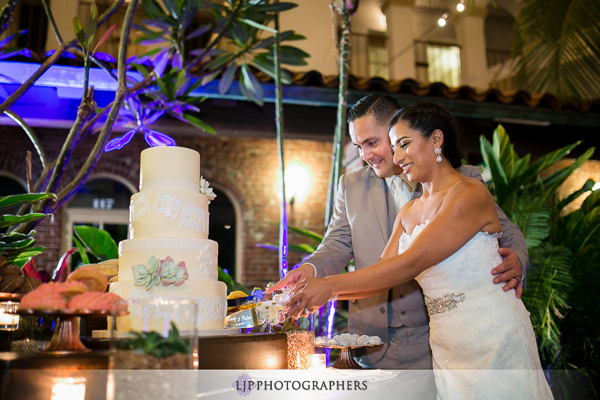41-the-villa-del-sol-fullerton-wedding-photographer-wedding-reception-photos