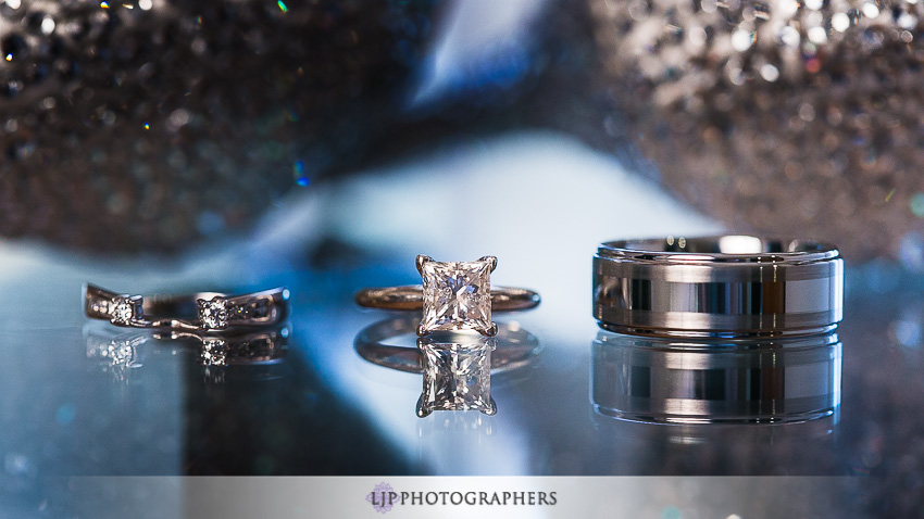 01-avenue-of-the-arts-wyndham-costa-mesa-hotel-wedding-photographer-getting-ready-photos