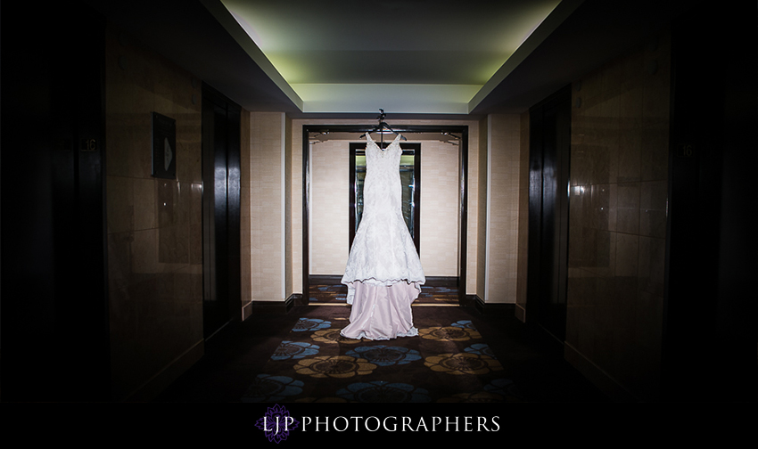 02-vibiana-los-angeles-wedding-photographer-getting-ready-photos