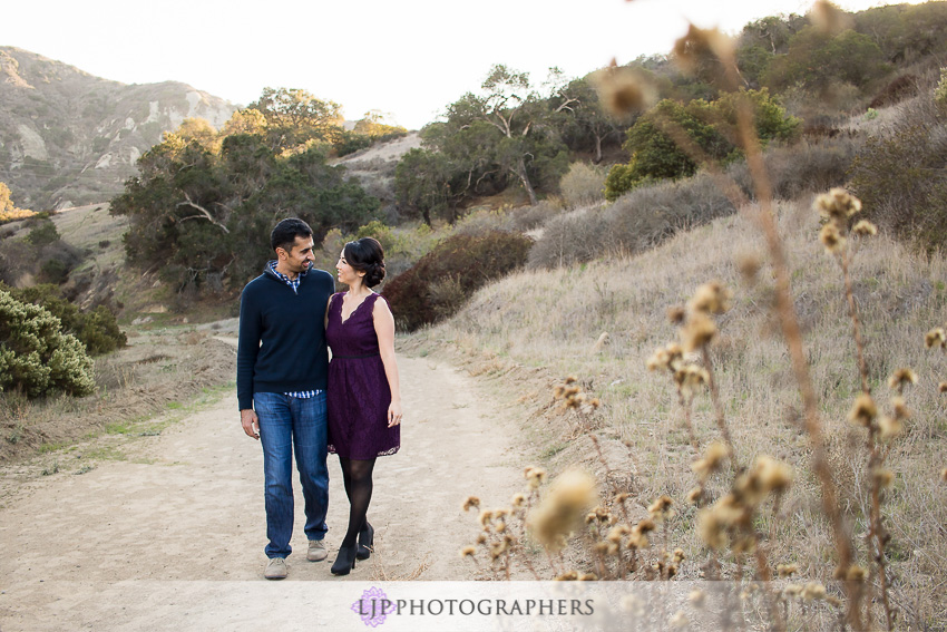 04-orange-county-engagement-sunset-photos