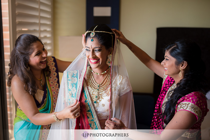 04-pacific-palms-resort-city-of-industry-indian-wedding-photographer
