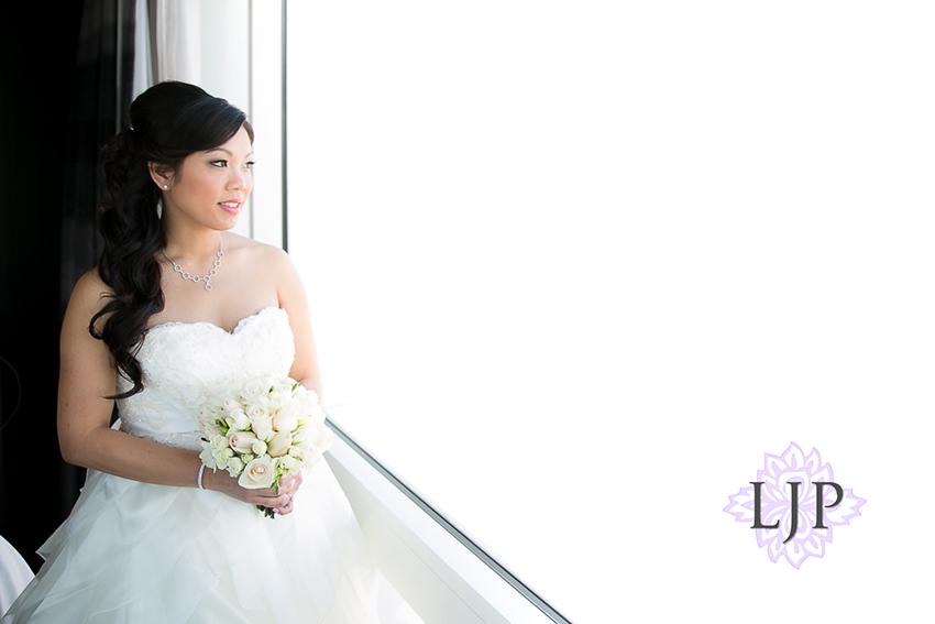 04-taglyan-complex-los-angeles-wedding-photographer-getting-ready-photos