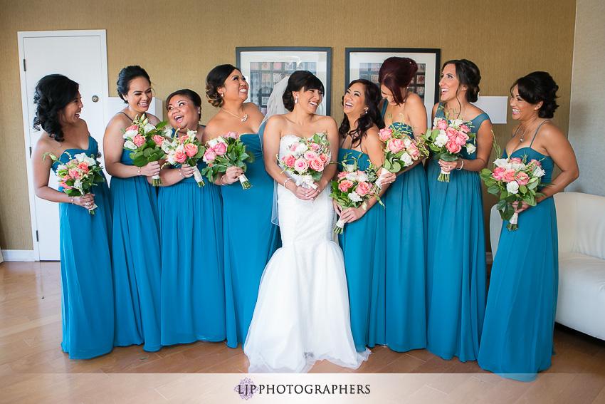09-avenue-of-the-arts-wyndham-costa-mesa-hotel-wedding-photographer-getting-ready-photos