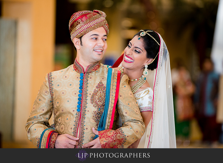 09-pacific-palms-resort-city-of-industry-indian-wedding-photographer