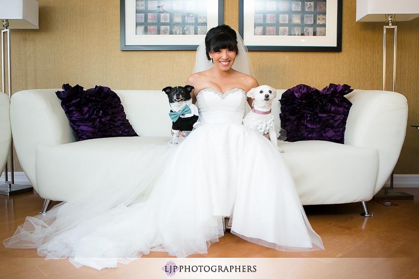 10-avenue-of-the-arts-wyndham-costa-mesa-hotel-wedding-photographer-getting-ready-photos