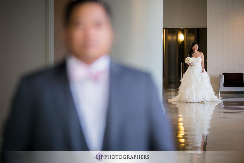 11-taglyan-complex-los-angeles-wedding-photographer-first-look-photos
