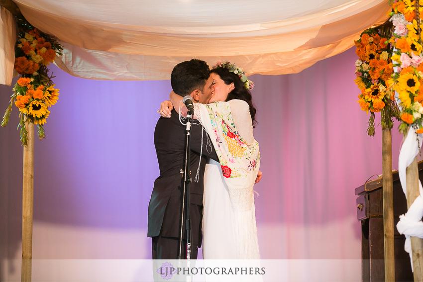 16-topanga-wedding-photographer-wedding-ceremony-photos