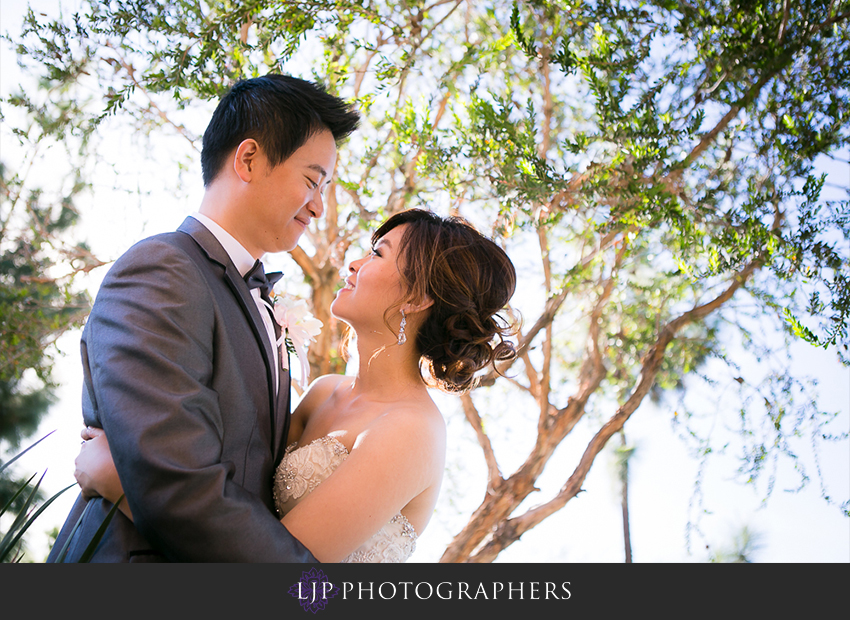 16-vellano-country-club-chino-hills-wedding-photographer-couple-session-photos