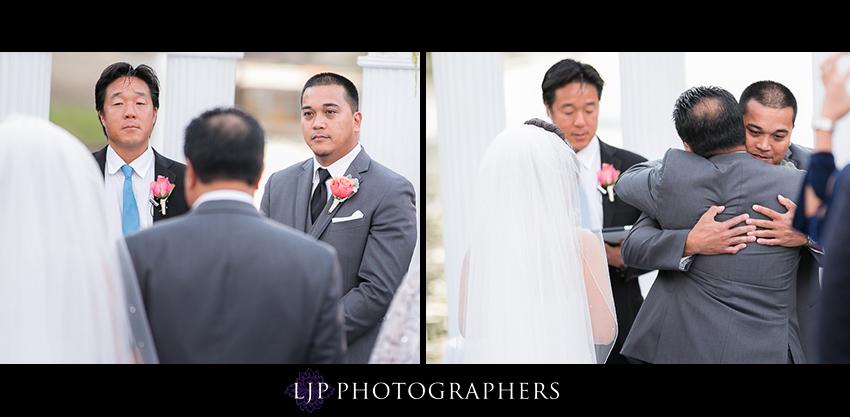 19-avenue-of-the-arts-wyndham-costa-mesa-hotel-wedding-photographer-wedding-ceremony-photos