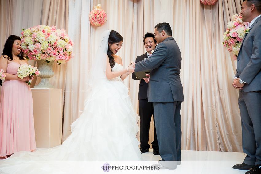 19-taglyan-complex-los-angeles-wedding-photographer-wedding-ceremony-photos