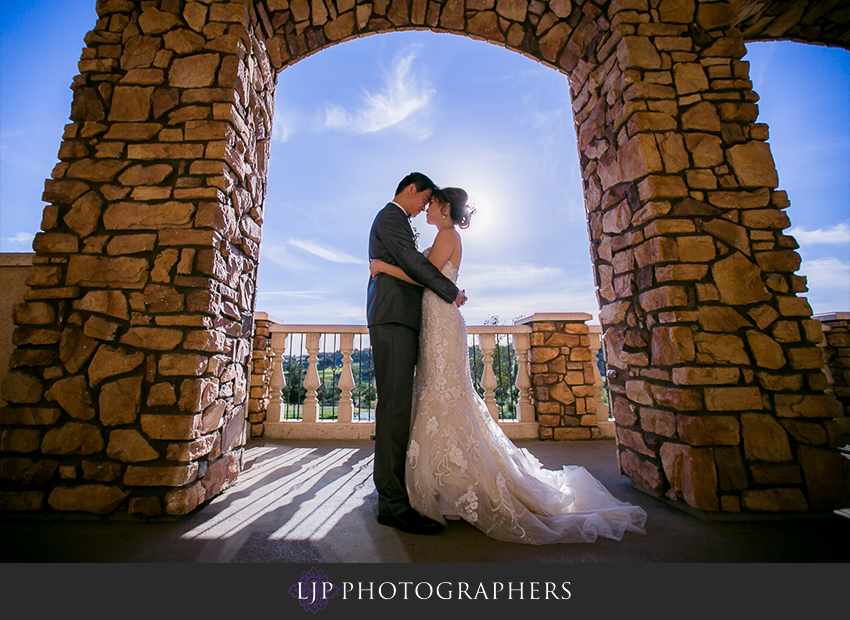 19-vellano-country-club-chino-hills-wedding-photographer-couple-session-photos