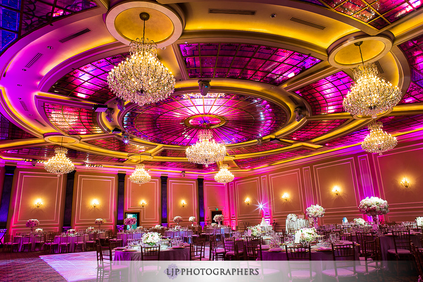 22-taglyan-complex-los-angeles-wedding-photographer-wedding-reception-photos